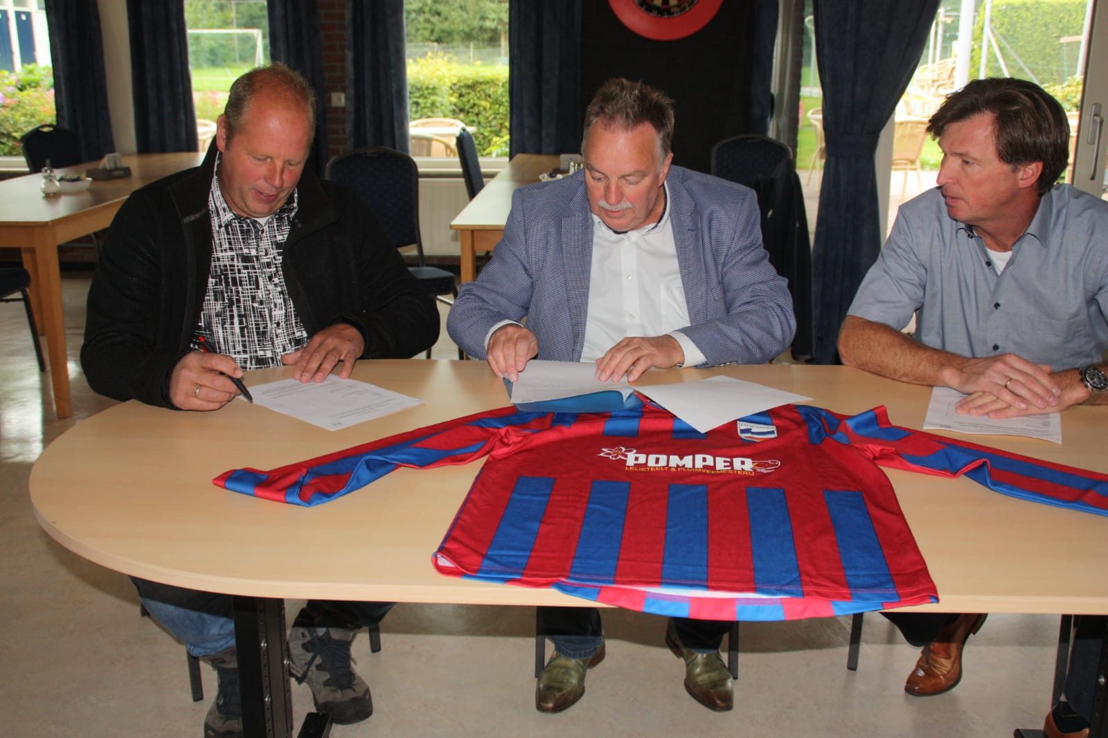Pomper verlengt sponsorcontract met HHCombi