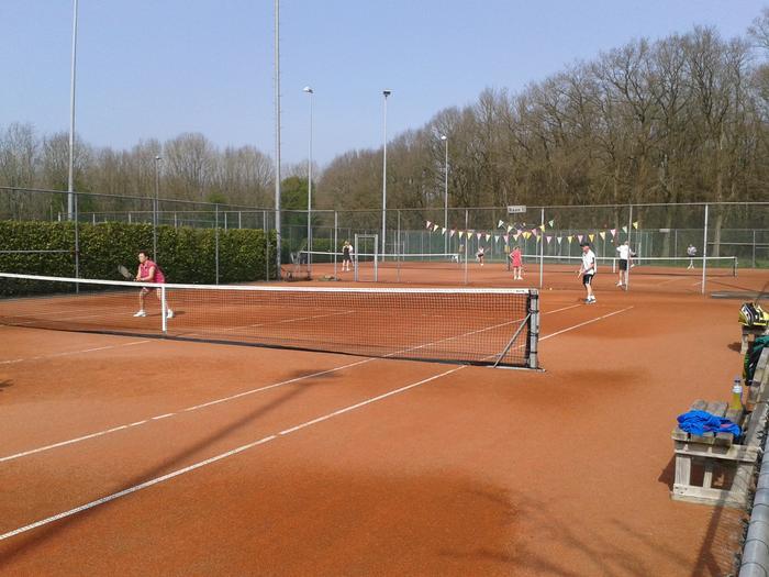 Nieuw bestuur Afdeling Tennis